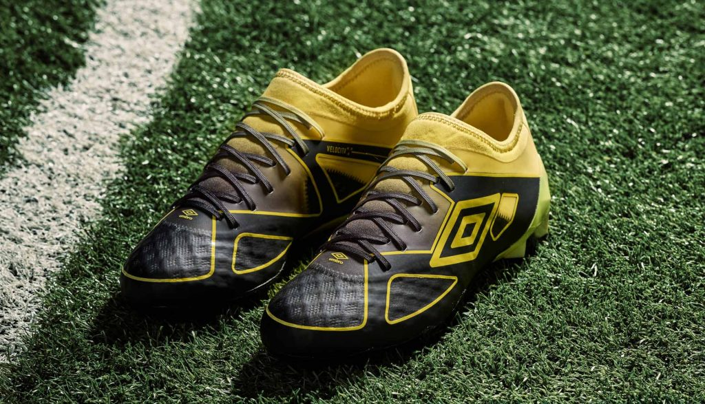 chaussure-foot-umbro-black-golden-kiwi-pack 3