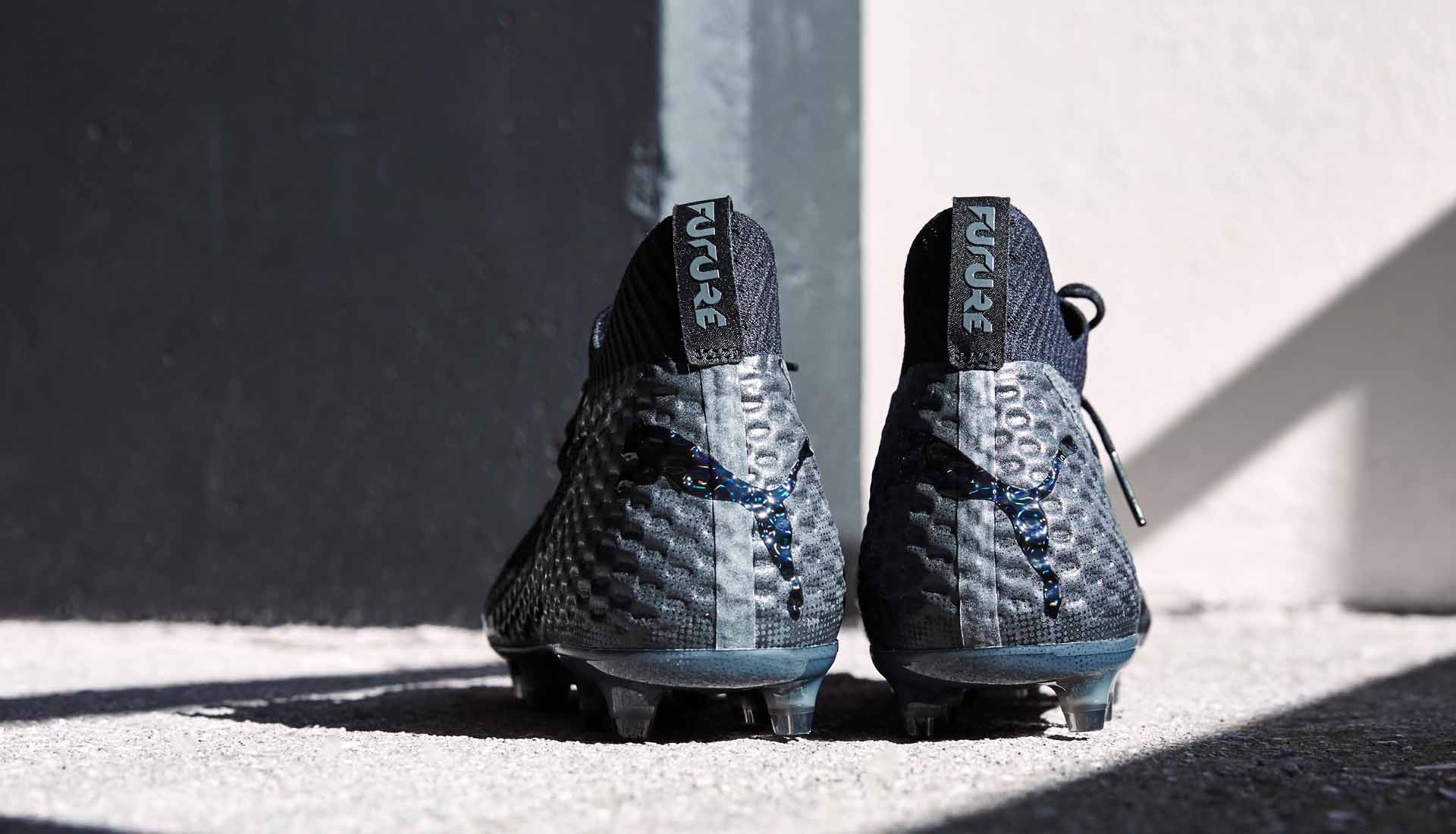 chaussures-football-Puma-Future-18-1-Blackout-img6