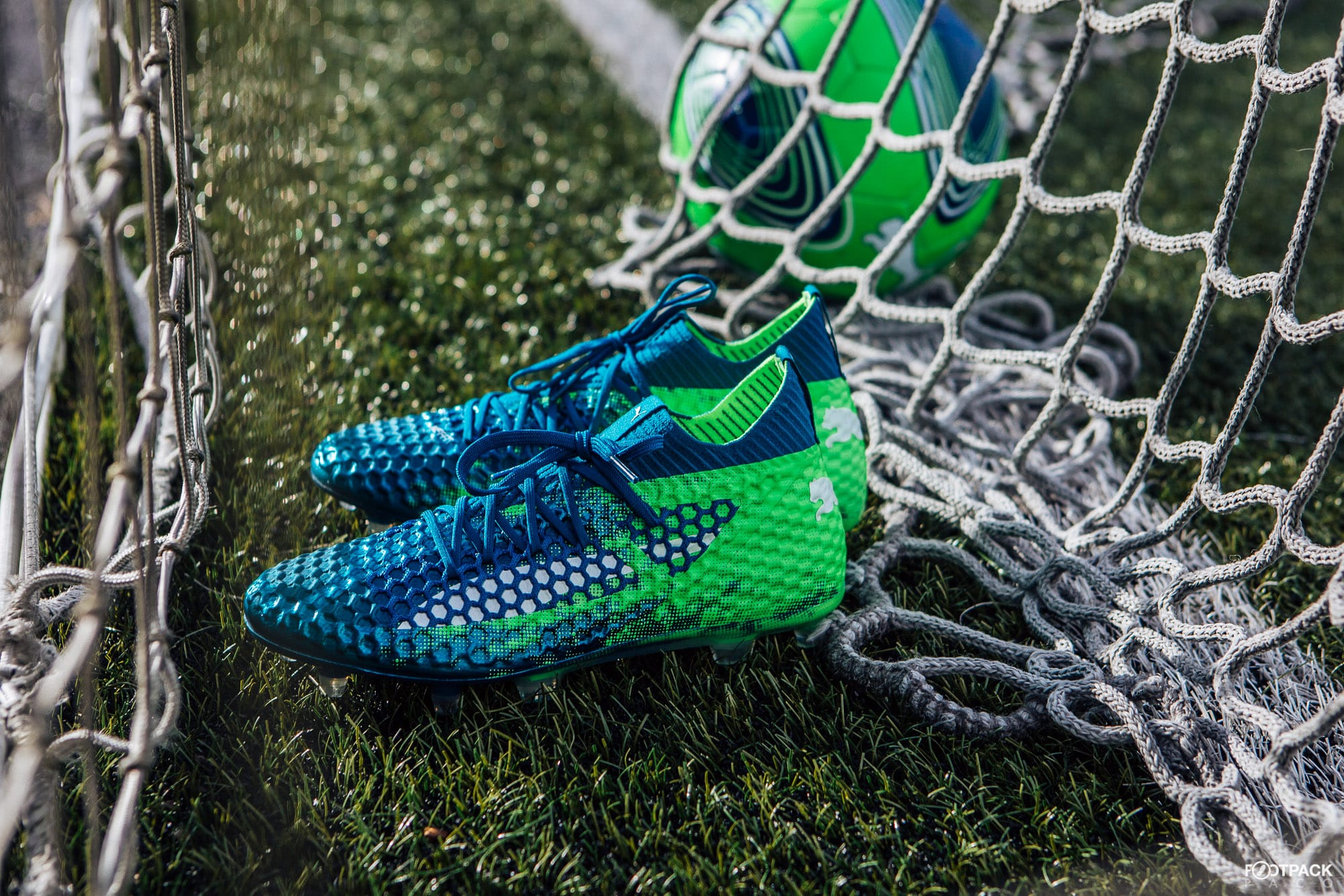 chaussures-football-Puma-Future-18-1-Frenzy-pack-img2