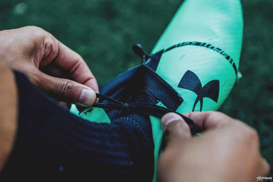 chaussures-football-Under-Armour-Spotlight-2-vert-img5