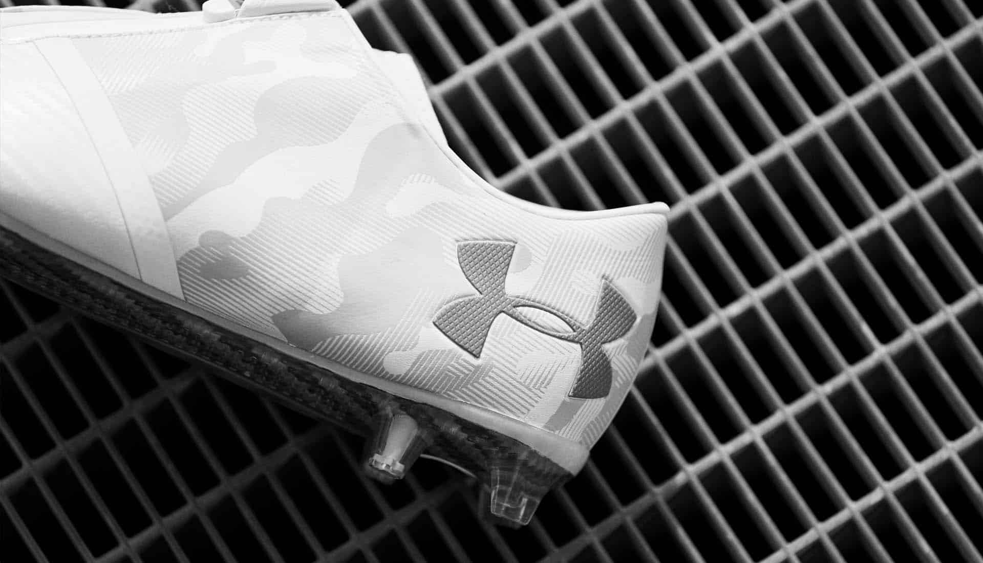 chaussures-football-Under-Armour-Spotlight-Camo-White-img3
