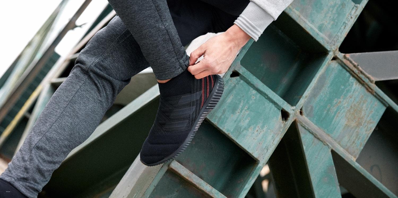chaussures-lifestyle-adidas-Nemeziz-17-Mid-Noir-Rouge-img1