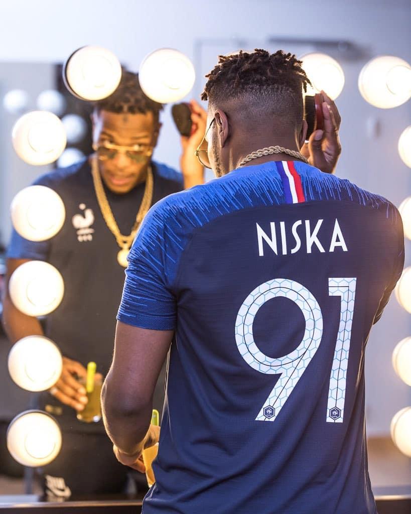 a426624be5924f Nike dévoile les maillots de l'équipe de France pour la Coupe du ...
