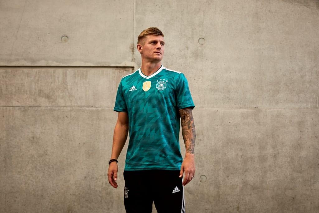 maillot-exterieur-allemagne-coupe-du-monde-2018-adidas-2