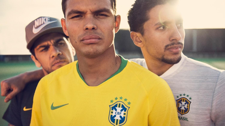 maillot-football-Nike-Bresil-2018-img1