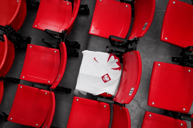 maillot-football-Nike-Pologne-domicile-2018-img1