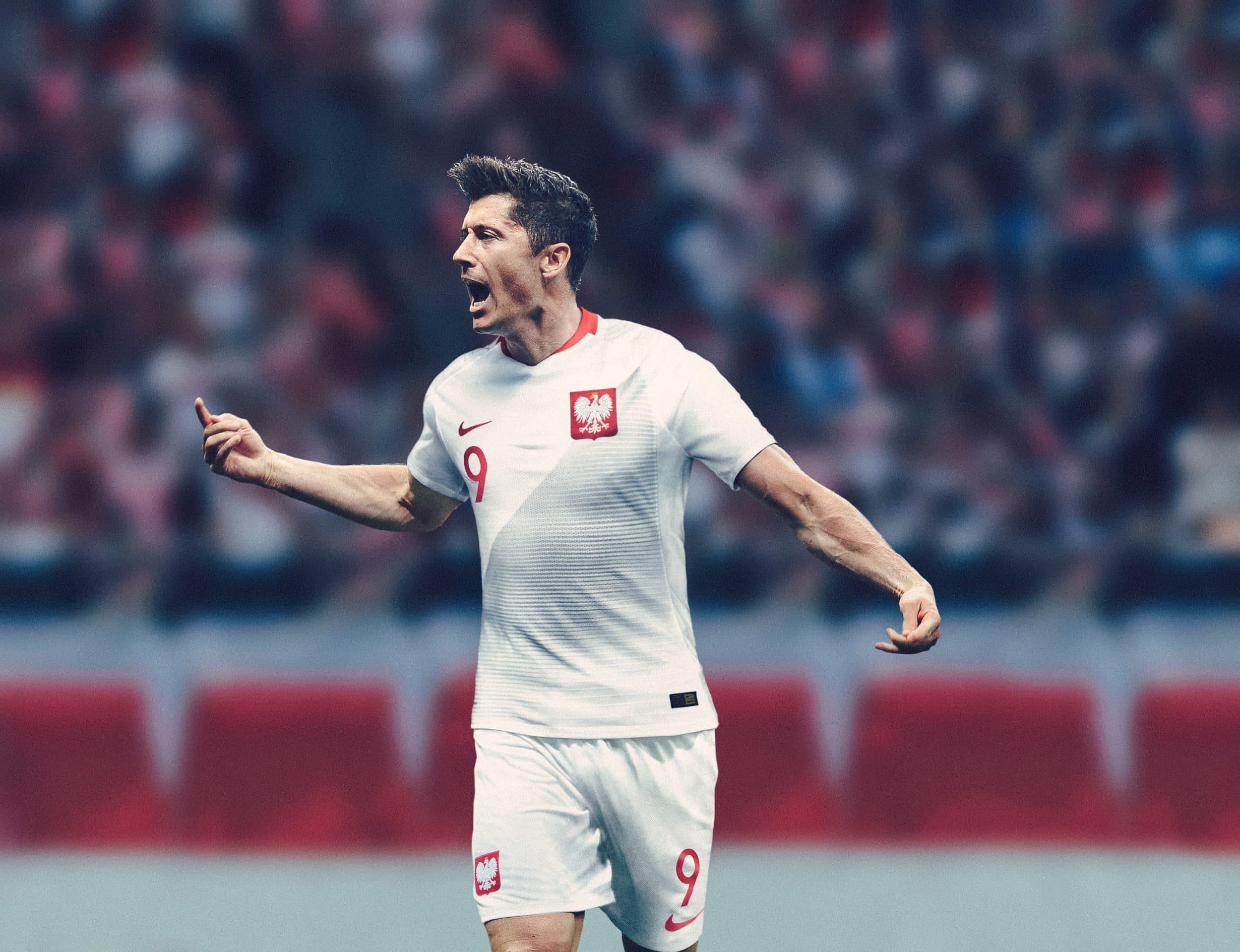 maillot-football-Nike-Pologne-domicile-2018-img4.jpg