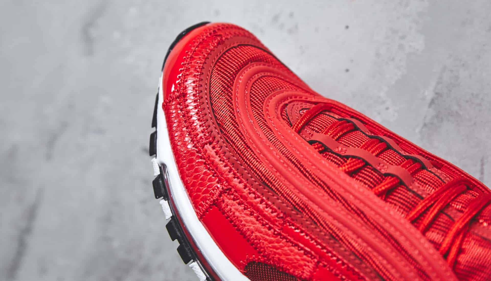 sneakers-Nike-Air-Max-97-CR7-University-Red-img6