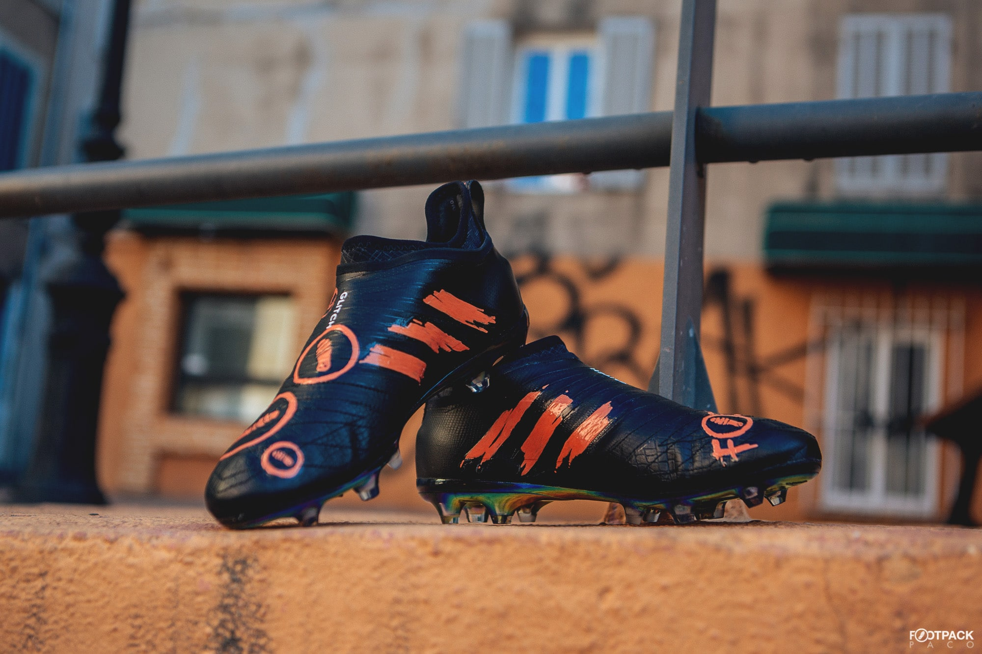 chaussure-football-adidas-glitch-footpack-orravan-design-avril-2018-4