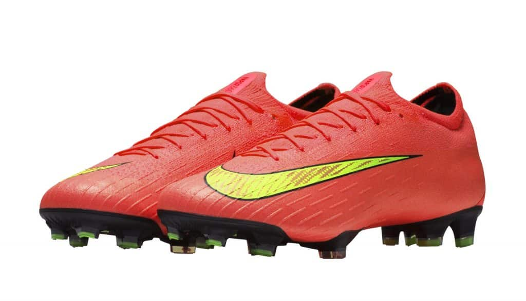 chaussure-football-nike-mercurial-heritage-world-cup-pack38