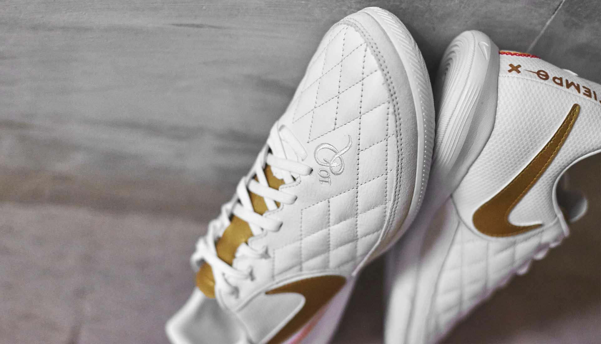 chaussures-football-Nike-Tiempo-X-10R-Barcelone-img2