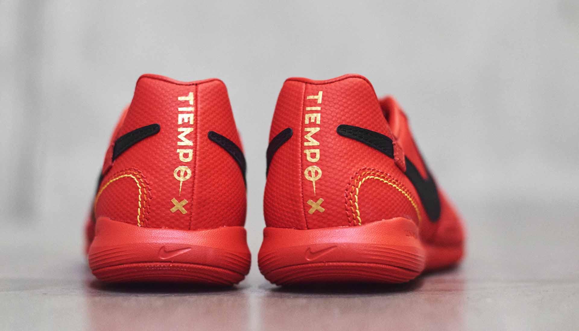 chaussures-football-Nike-Tiempo-X-10R-Milan-img2