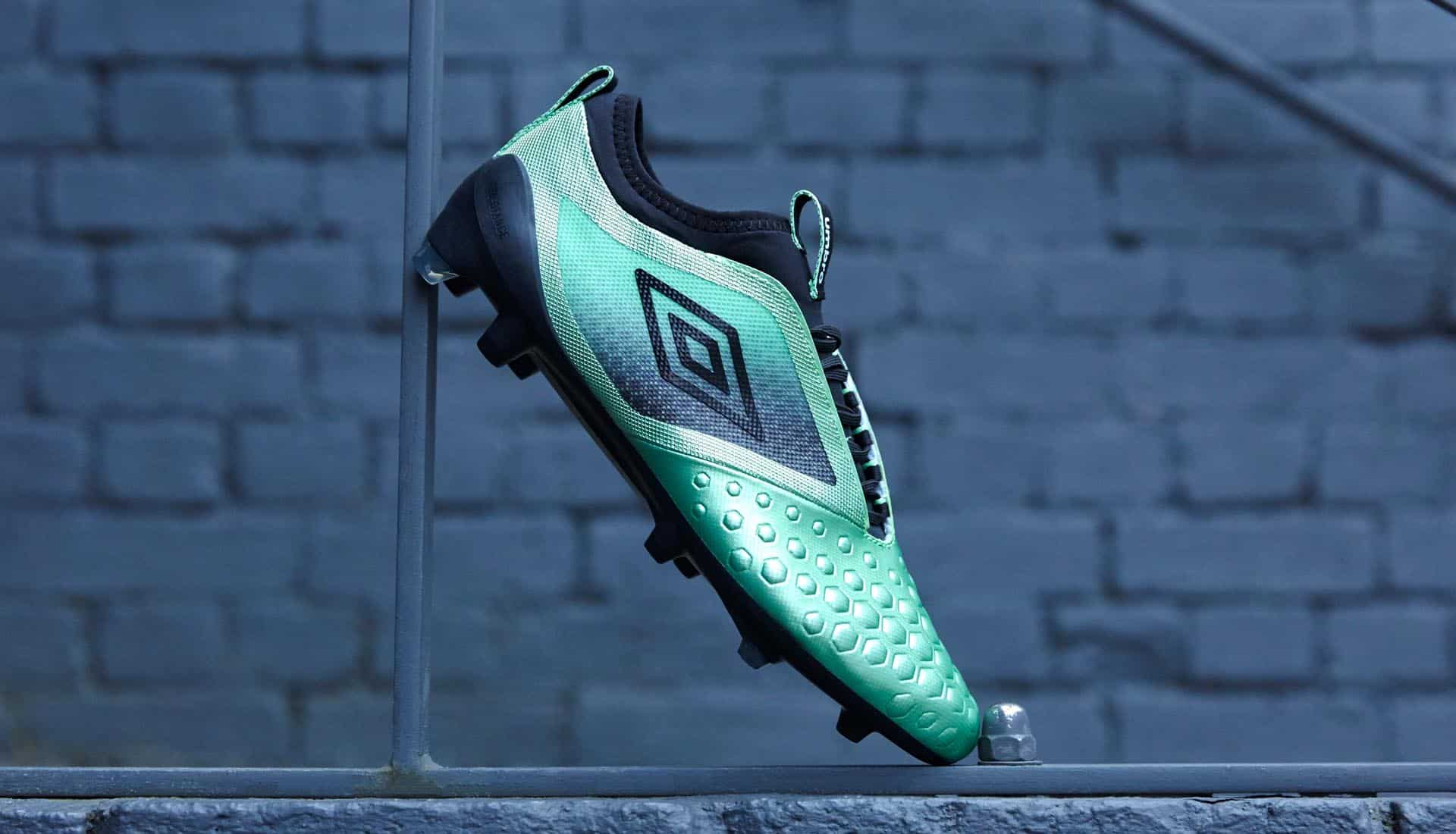 chaussures-football-umbro-pastel-collection-ux-accuro-II-img4