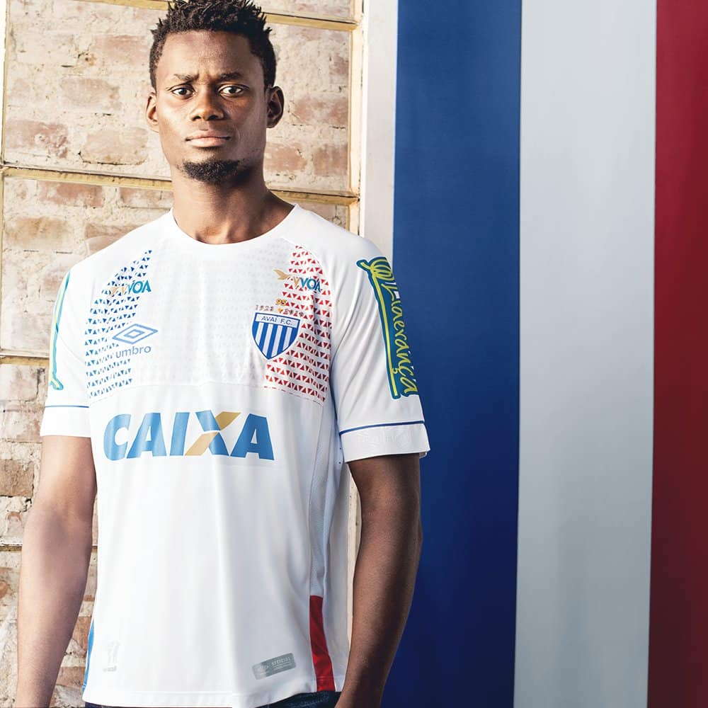 maillots-football-Umbro-nations-avai-france-avril-2018