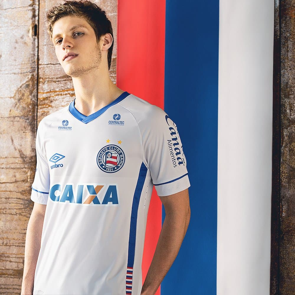 maillots-football-Umbro-nations-bahia-russie-avril-2018