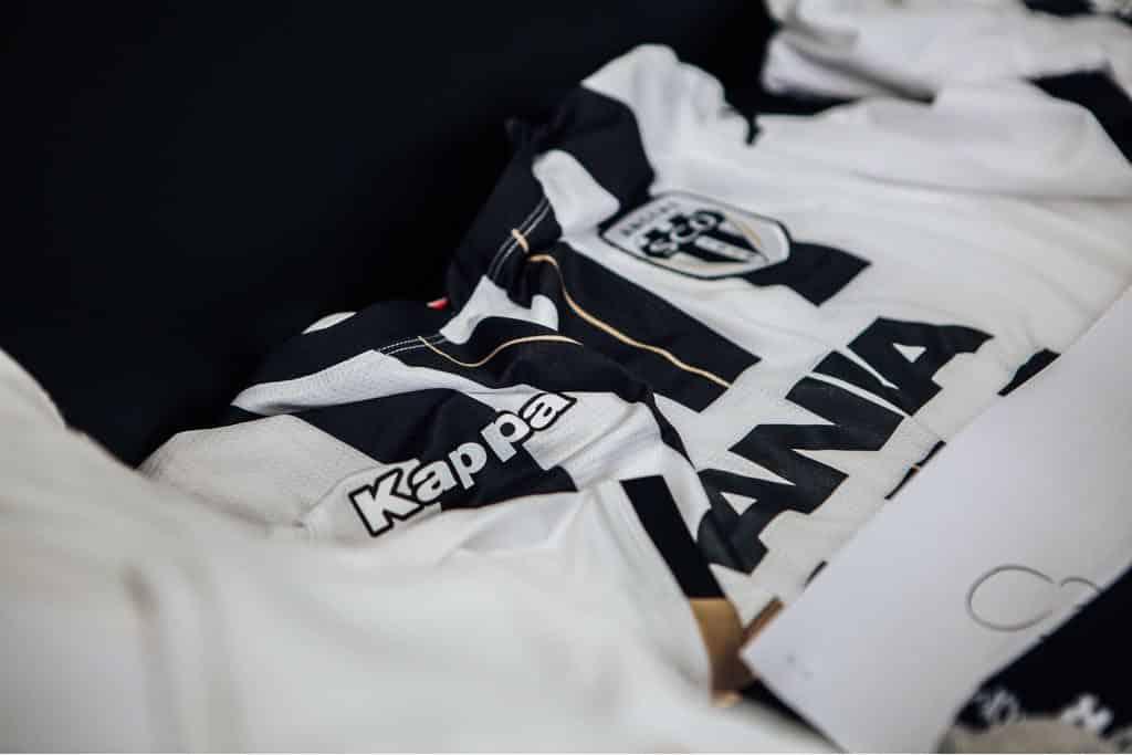 nouveau-maillot-football-sco-angers-2018-2019-3