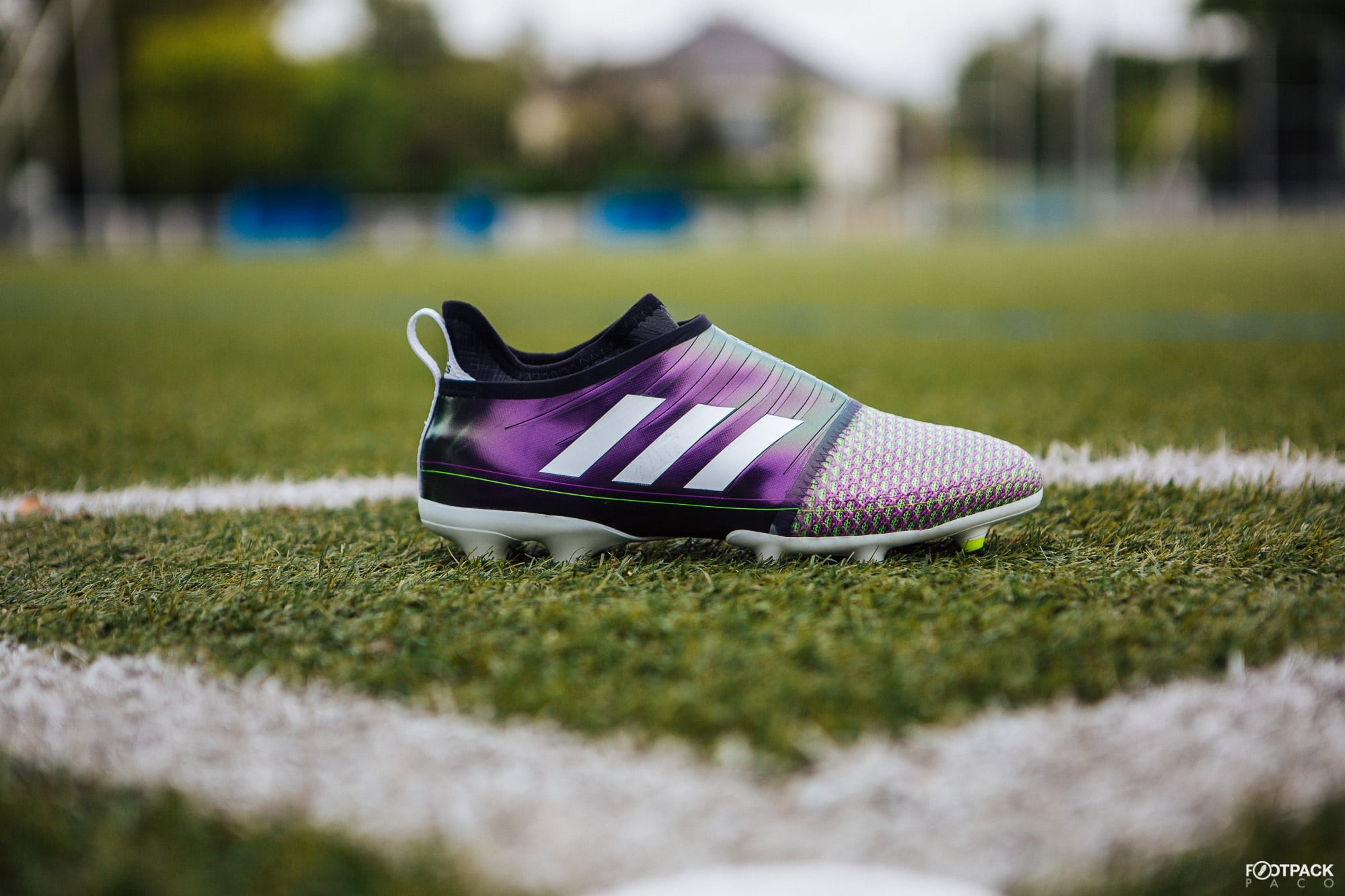 Chaussures-football-adidas-glitch-f50-mai-2018-2