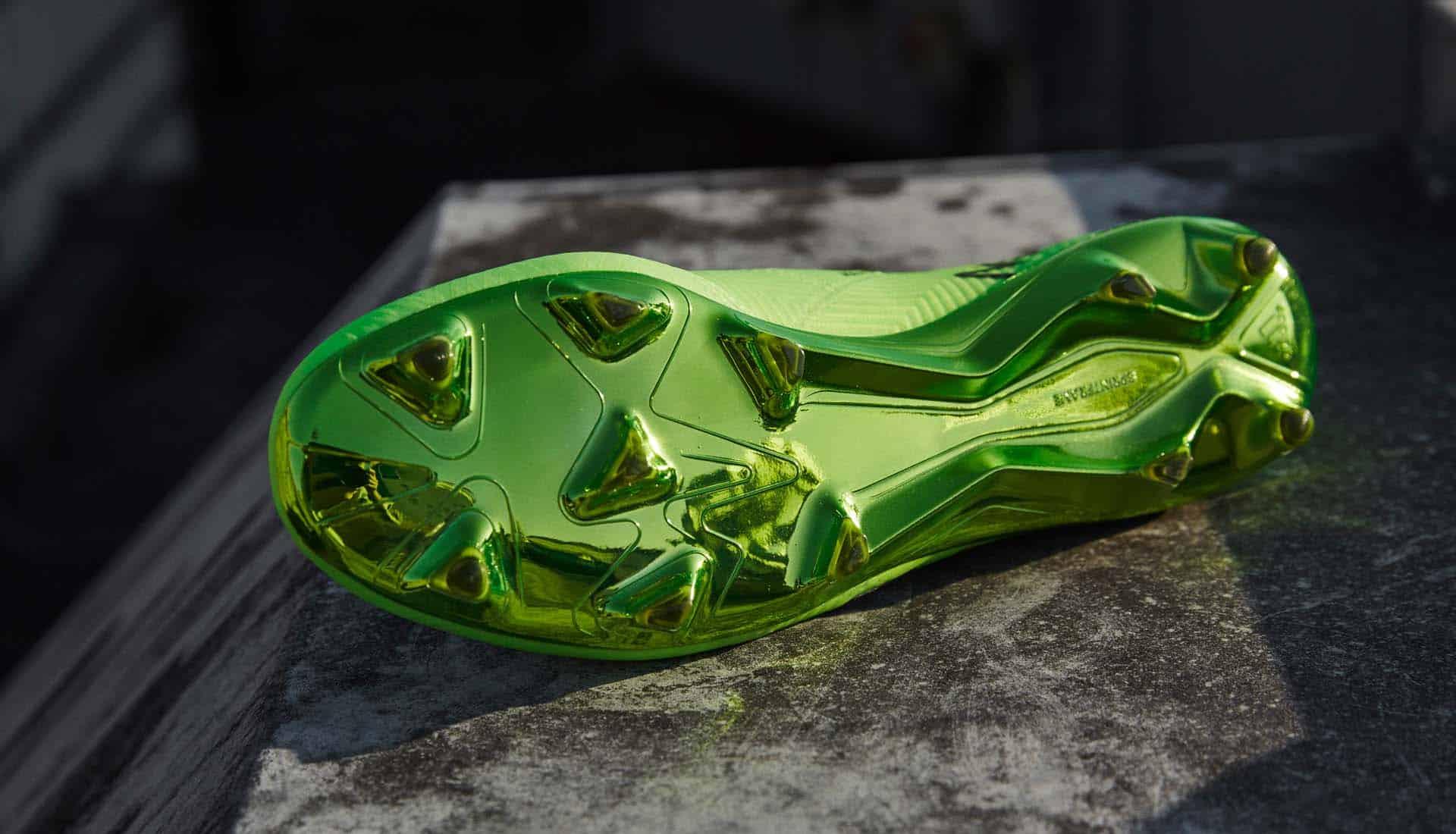 chaussures-adidas-Nemeziz-18-Messi-energy-mode-img2
