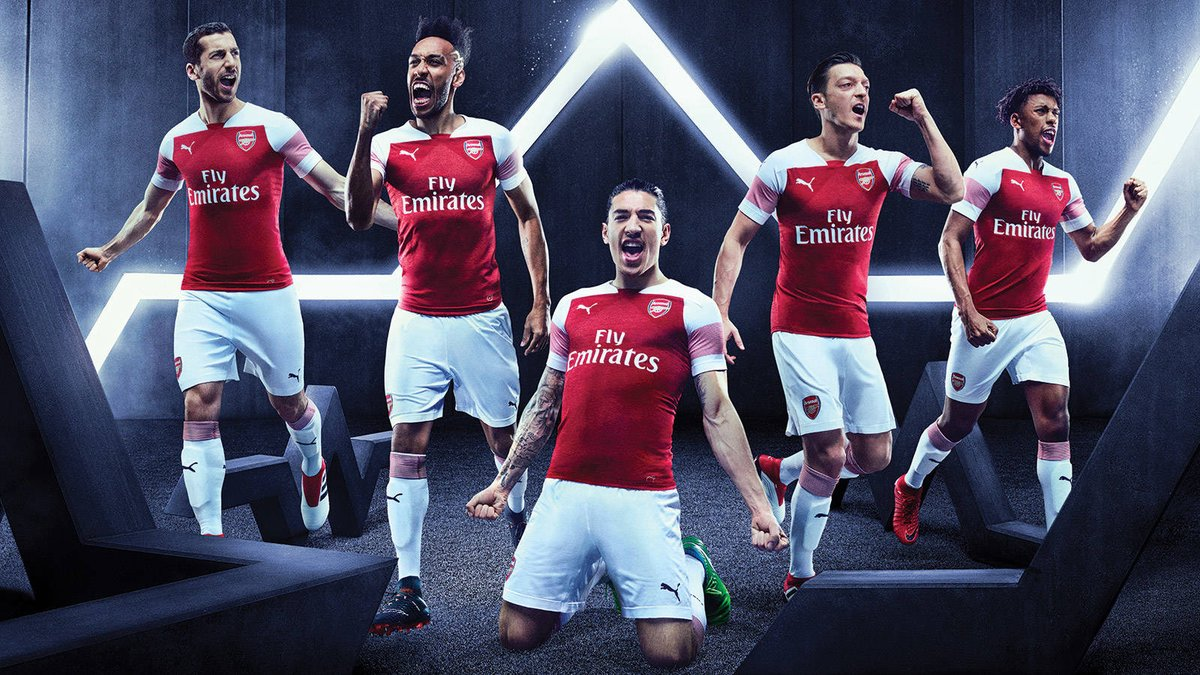 https://www.footpack.fr/98174-arsenal-puma-presentent-maillots-2018-2019