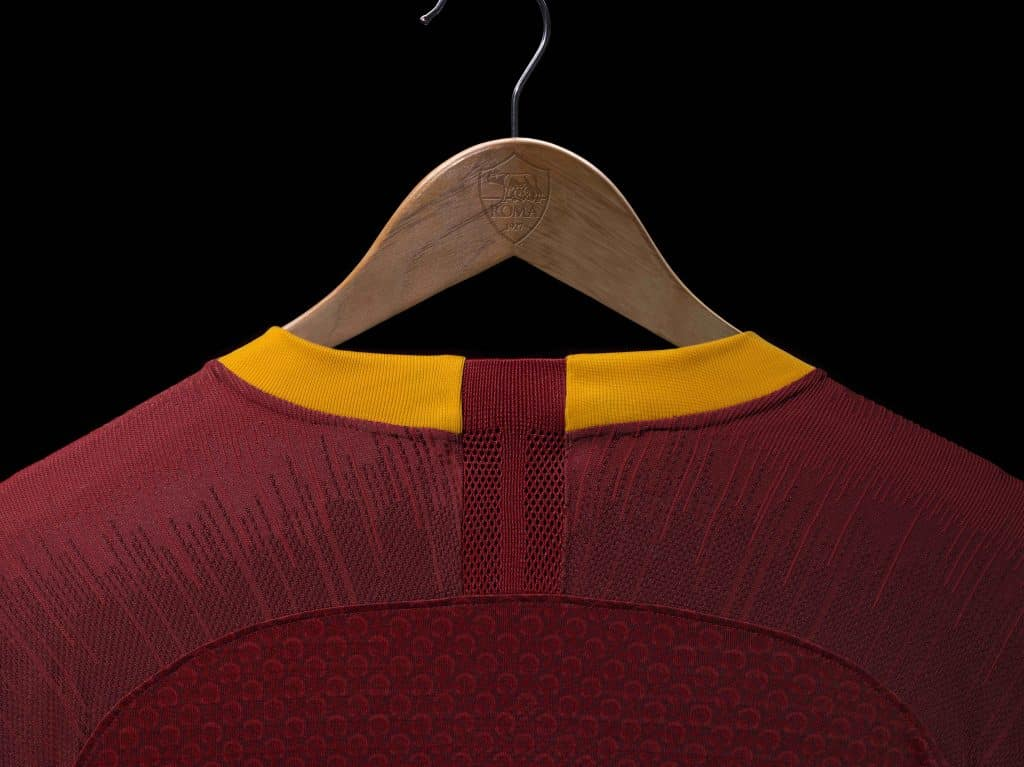 maillot-football-2018-2019-as-roma-mai-2018-2