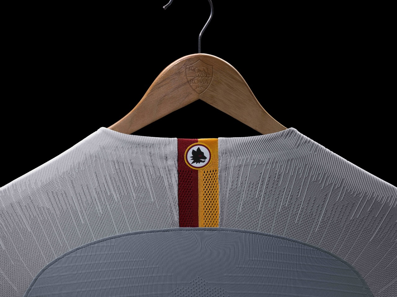maillot-football-Nike-AS-Roma-away-2018-2019-gris-img2