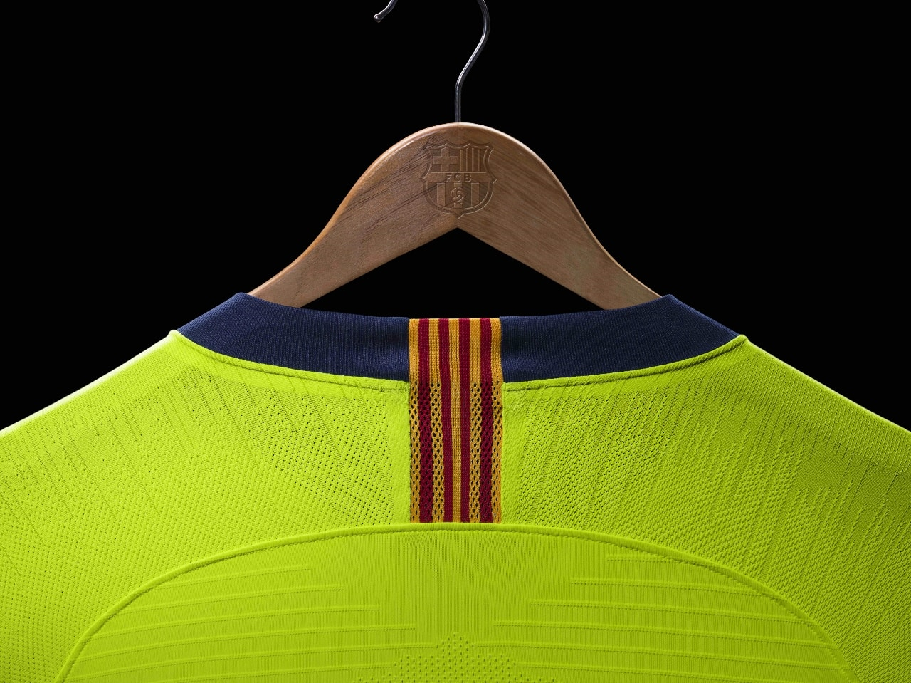 maillot-football-Nike-FC-Barcelone-away-2018-2019-img3