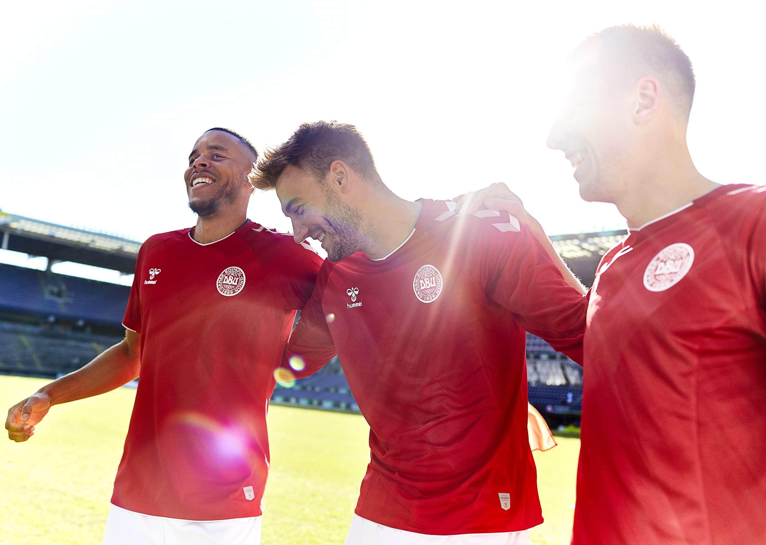 maillot-football-selection-danemark-coupe-du-monde-2018-4
