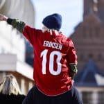 Hummel dévoile les maillots du Danemark pour la Coupe du Monde 2018