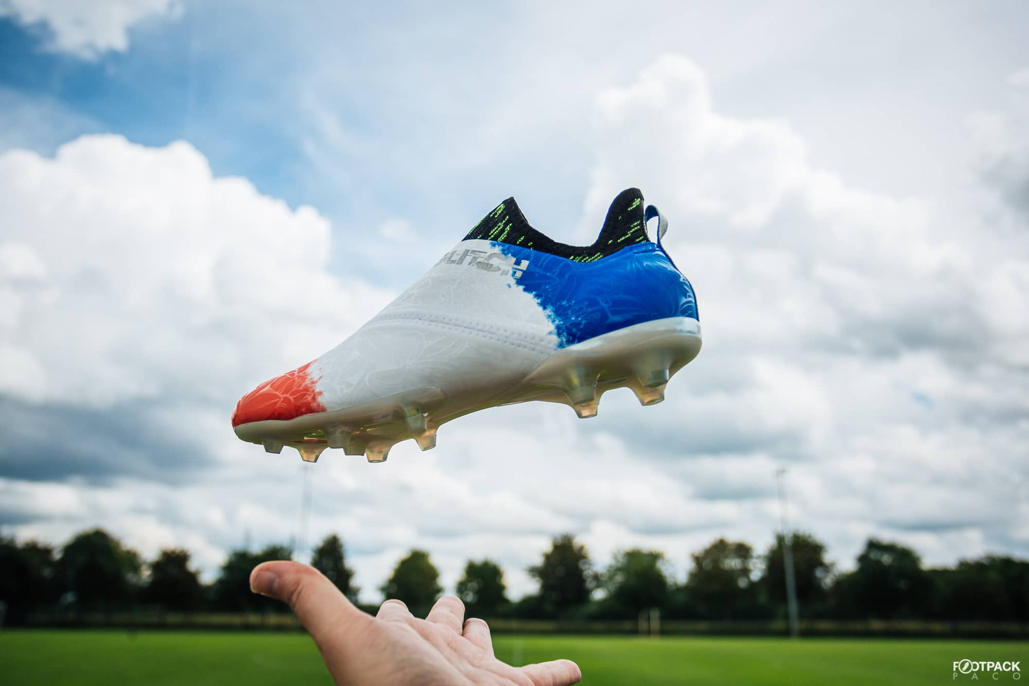 Chaussures-football-adidas-glitch-18-2-0-Worldskin-France-Coupe-Monde-Juin-2018-14