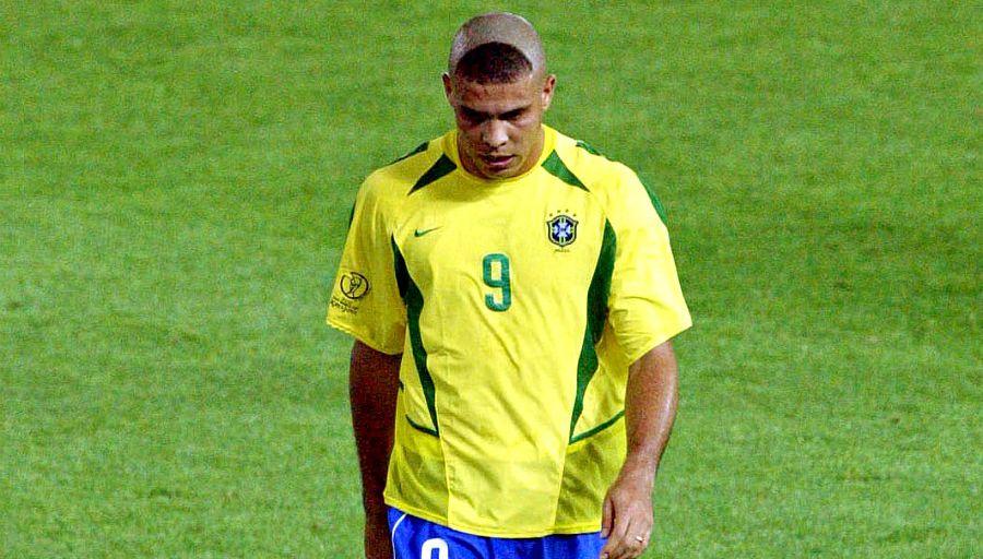 Maillots-football-Nike-brésil-coupe-du-monde-2002-juin-2018