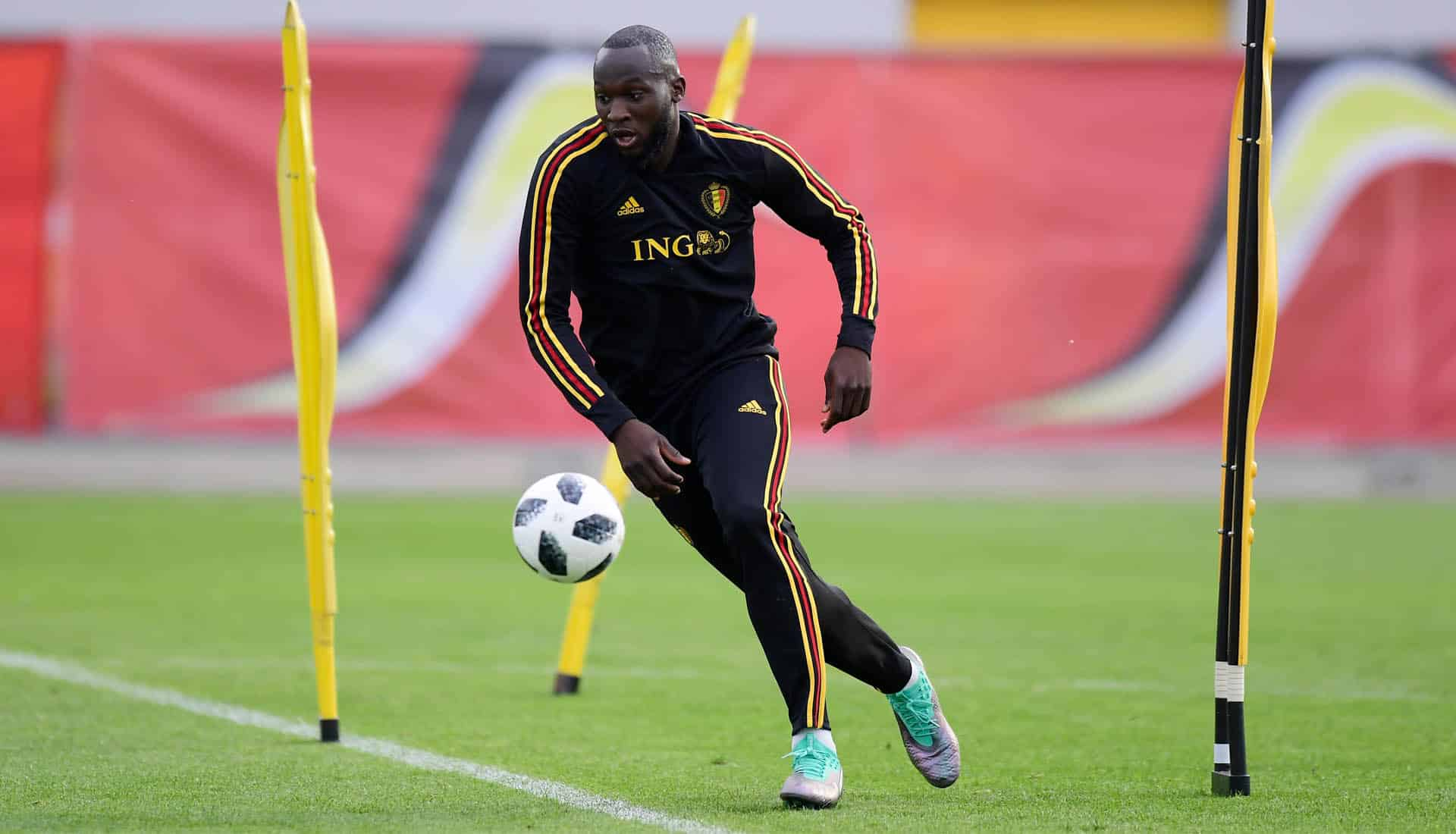 Romelu-Lukaku-signe-avec-Puma-img1