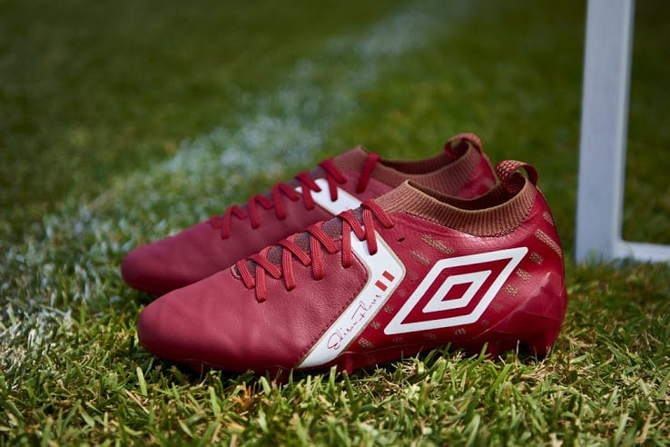 chaussures-football-Umbro-Medusae-Elite-2-rouge-vif-Edison-Flores-img1