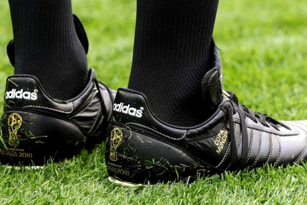 chaussures-football-adidas-copa-mundial-arbitre-coupe-monde-2018-juin-2018