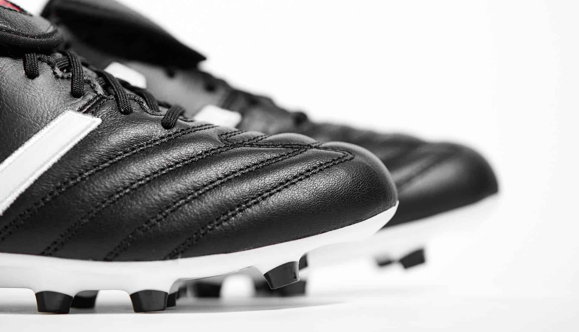 chaussures-football-New-Balance-4-4-2-noir-blanc-img1