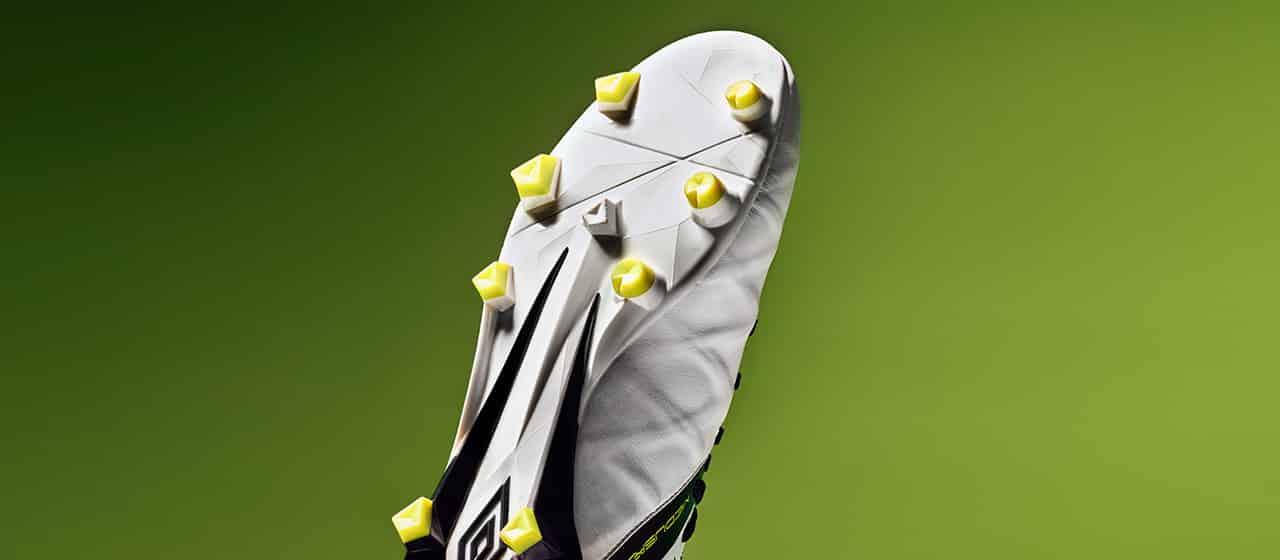 chaussures-football-umbro-Medusae-2-Acid-Lime-img2