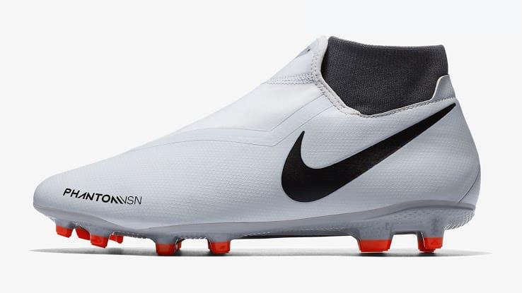 newest collection d2b49 309a5 Focus sur la gamme complète Nike Phantom Vision