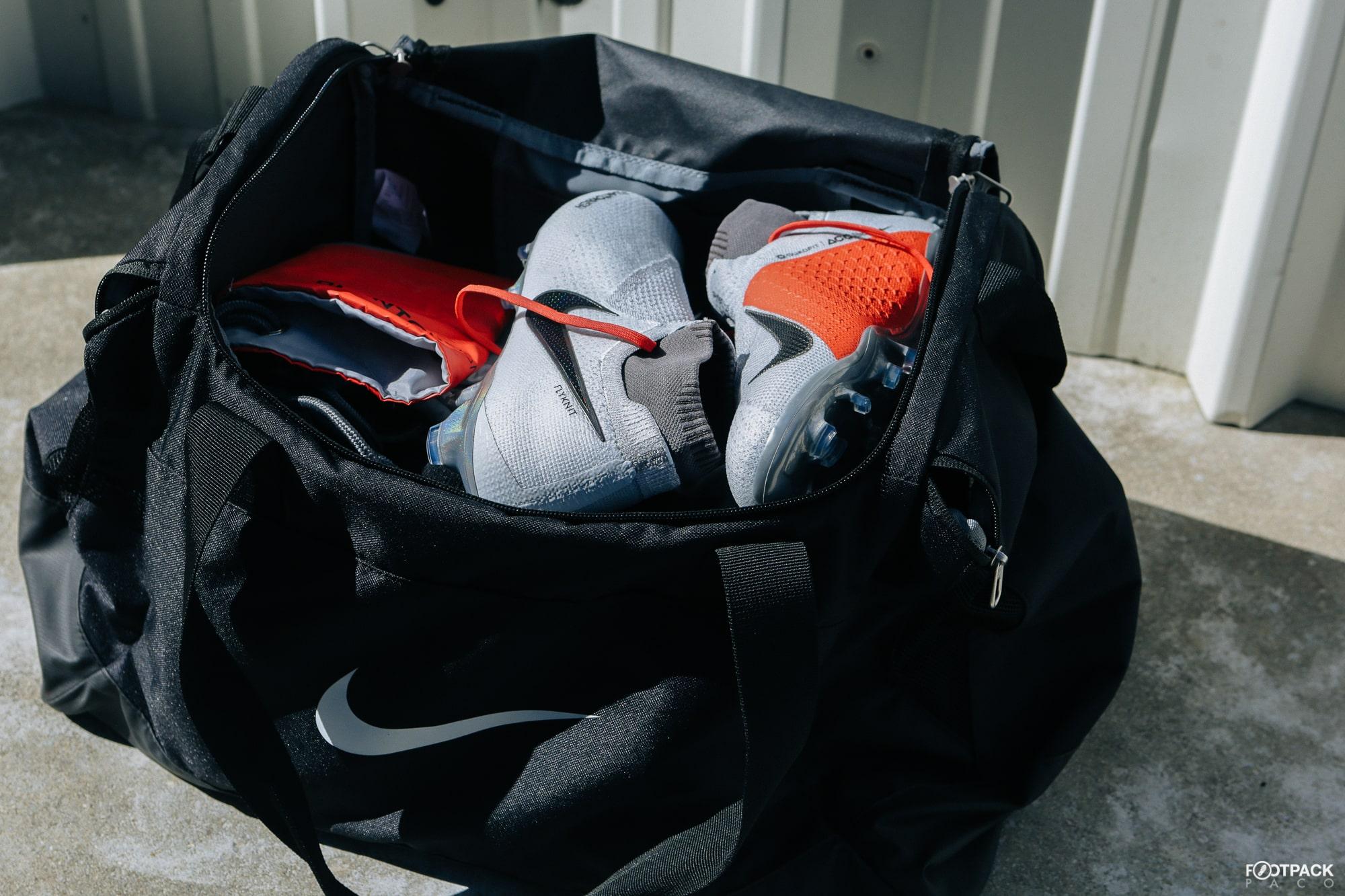 685f36636b Dans mon sac de football pour la reprise...