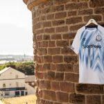 Everton et Umbro dévoilent les maillots 2018-2019