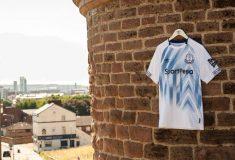 Image de l'article Everton et Umbro dévoilent les maillots 2018-2019