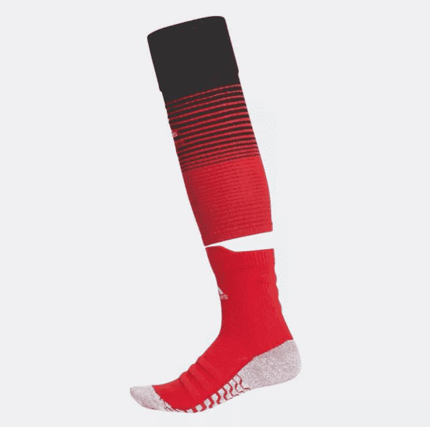 extrêmement unique fournisseur officiel double coupon Des chaussettes adidas révolutionnaires pour Manchester ...