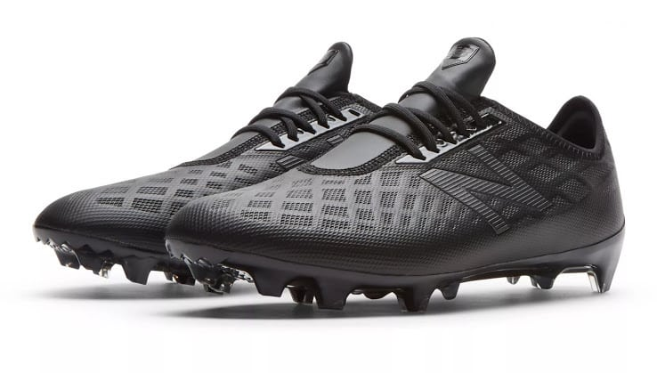 new-balance-furon-blackout-3