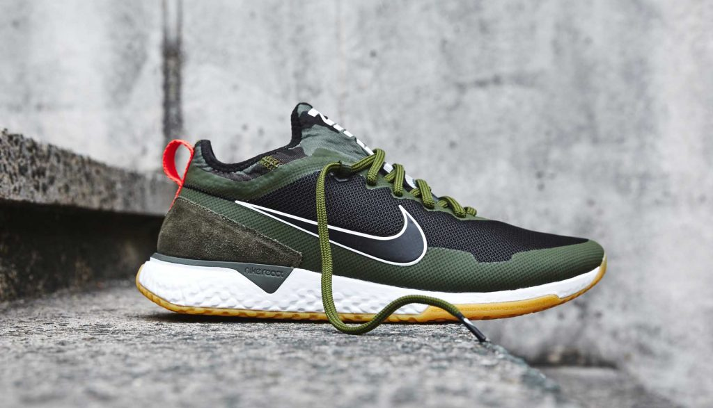 chaussures-sneakers-nike-fc-react-black-kaki-green 2