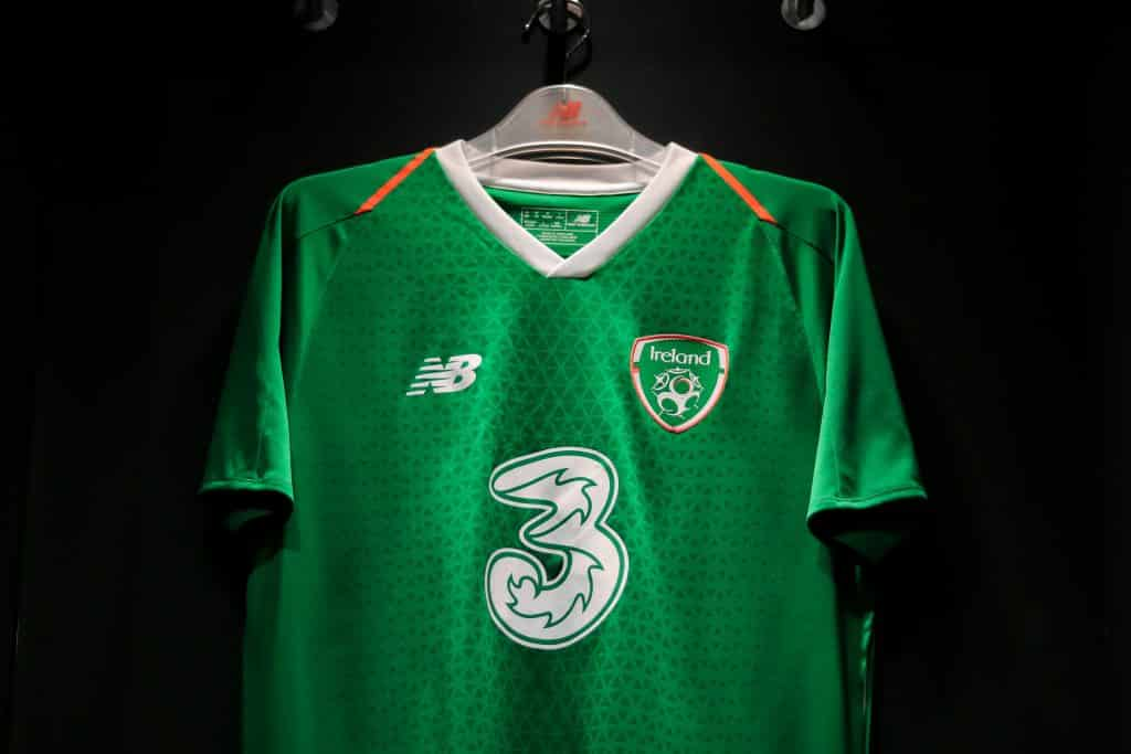 maillot-domicile-republique-irelande-2018-2019-new-balance