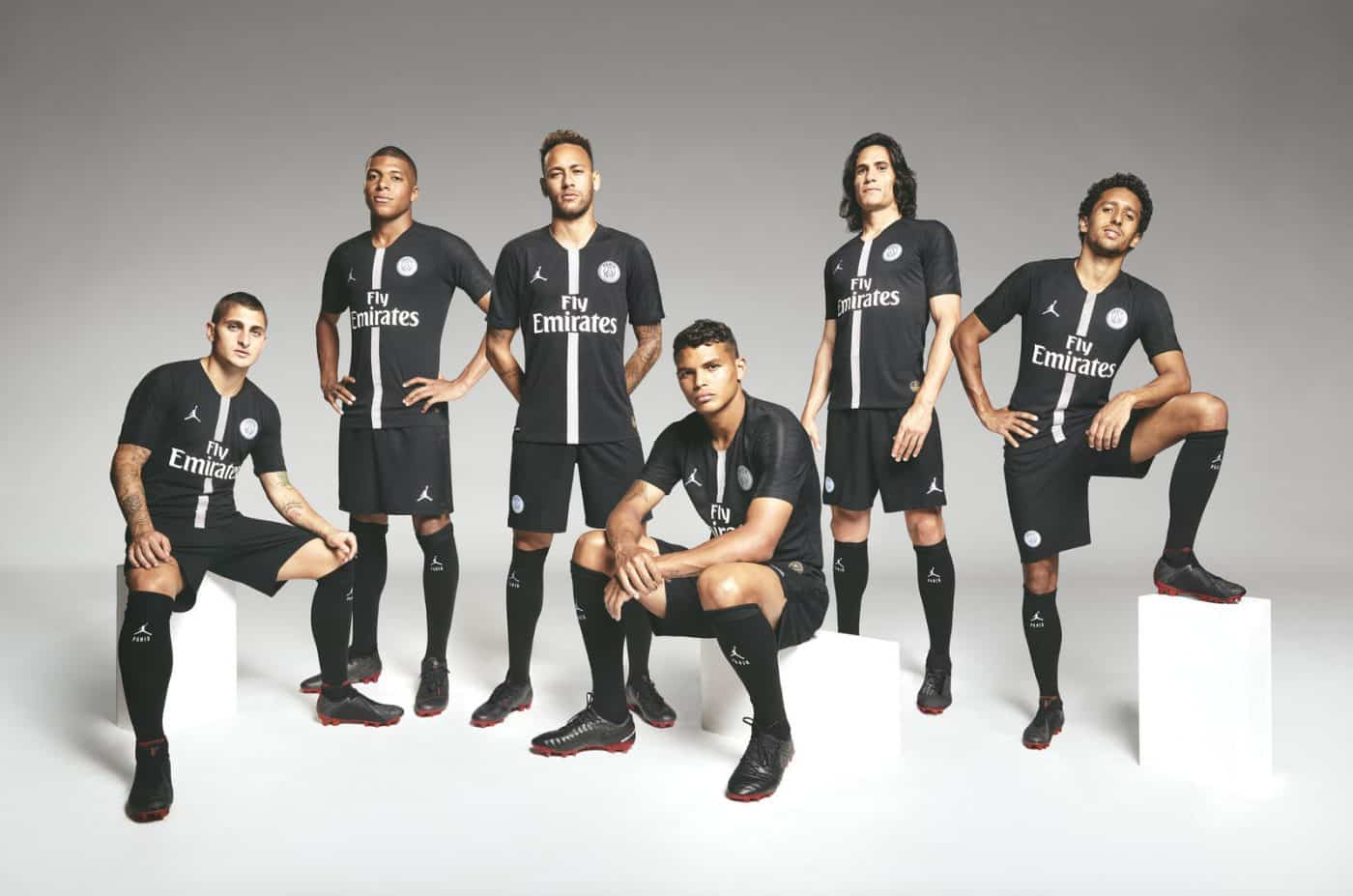 maillot-paris-saint-germain-air-jordan