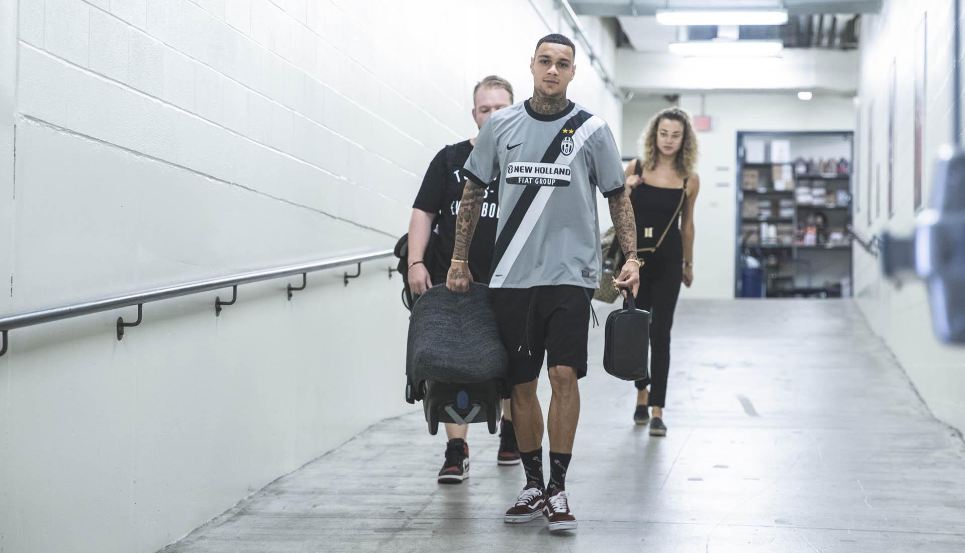 maillots-football-nike-juventus-turin-retro-van-der-wiel-septembre-2018-2