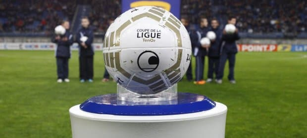 ballon-football-umbro-coupe-ligue-octobre-2012-14