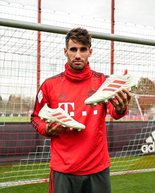 Javi-Martinez-chaussures-football-adidas-copa-19-novembre-2018