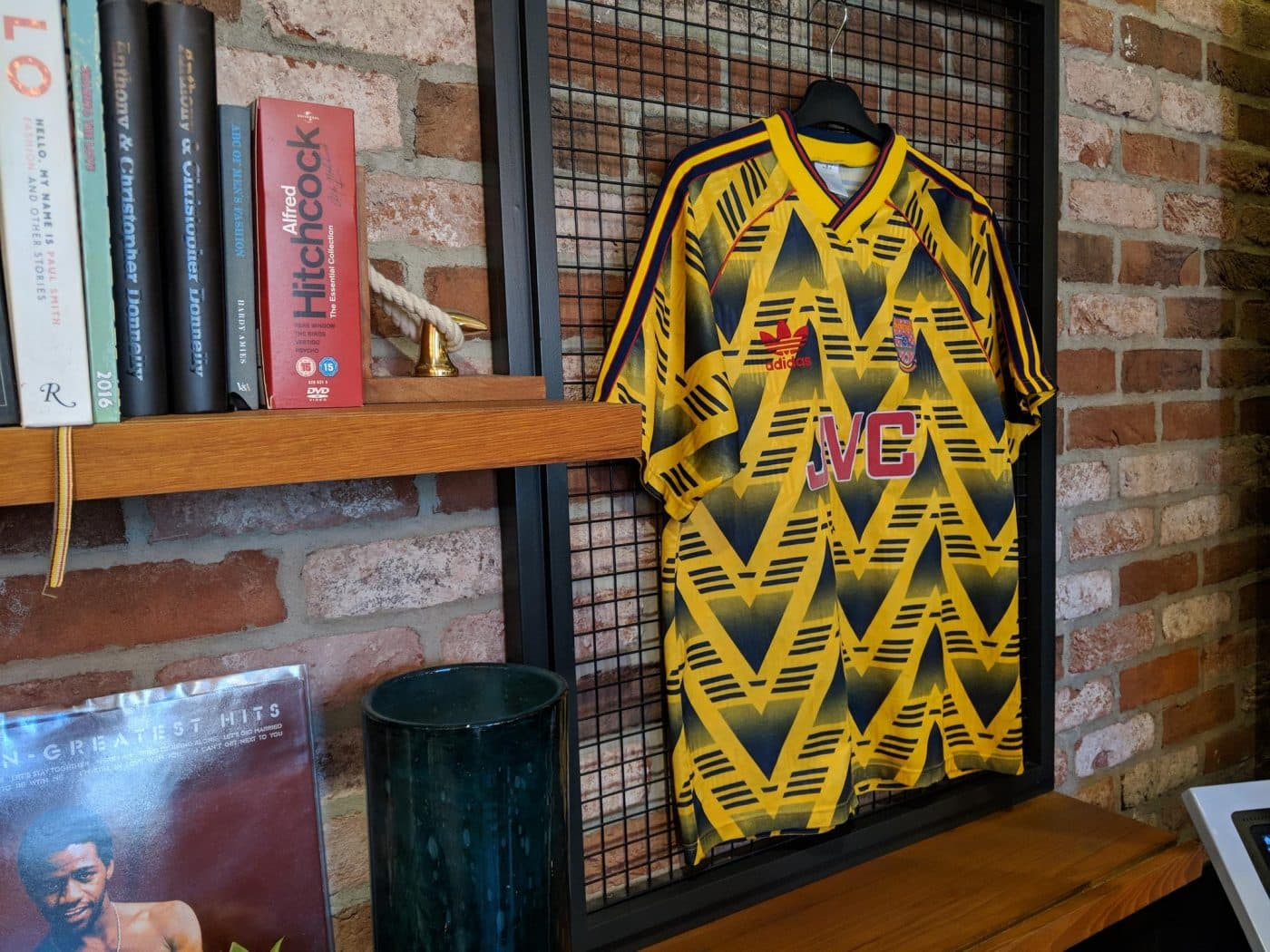 magasin-classic-football-shirts-londres-6