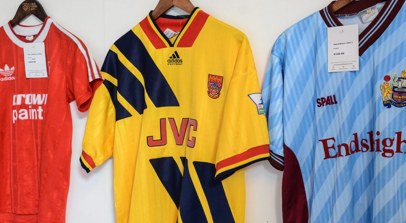 magasin-classic-football-shirts-manchester-3