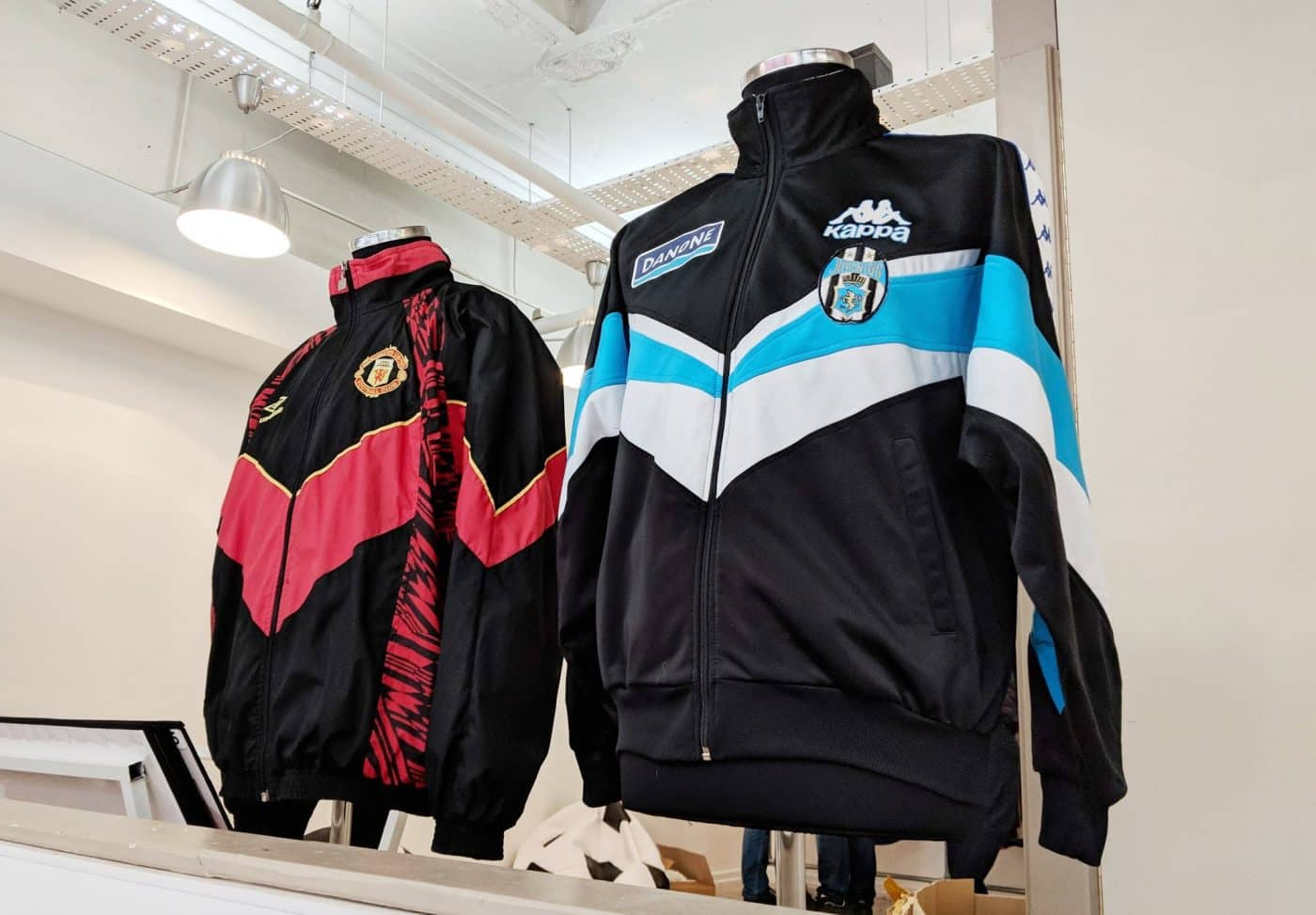 magasin-classic-football-shirts-manchester-6